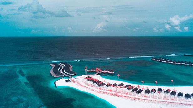 paolo-pettigiani-the-maldives-infraland-designboom02